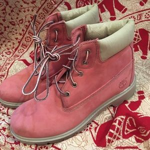 💚Pink Timberland Boots💚